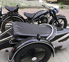 BEUTIFUL OLD DOUBLE SEATS GERMAN BIKE by konkan