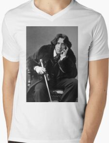 The Picture of Oscar Wilde Mens V-Neck T-Shirt