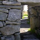 Entrance to Blackhouse ruins by lezvee