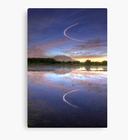 Sundown Swoop Canvas Print