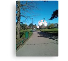 Bournemouth Balloon, Clear Sky Canvas Print