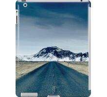 Country road in Iceland iPad Case/Skin