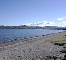 Lake Taupo, NZ by chelblack