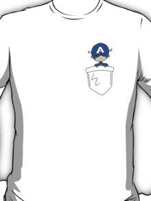 Pocket Steve (Captain America) ! T-Shirt