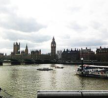 London by Chericheru