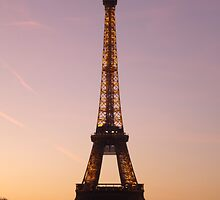 eiffel sunset by maydaze