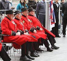 Chelsea Pensioners seated by City Hall by Keith Larby