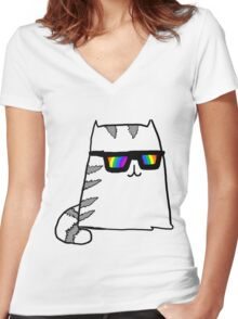 Cat Women's Fitted V-Neck T-Shirt
