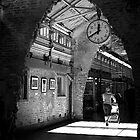 Lunchtime at Chelsea Market by Rona Black
