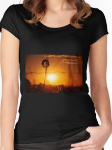 Outback Windmill Women's Fitted Scoop T-Shirt