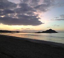St Michaels Mount at Sunrise by tashasphotos