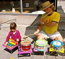 Ottawa's Newest Street Musician by Shulie1