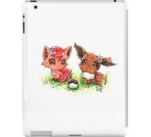Vulpix & Eevee! iPad Case/Skin