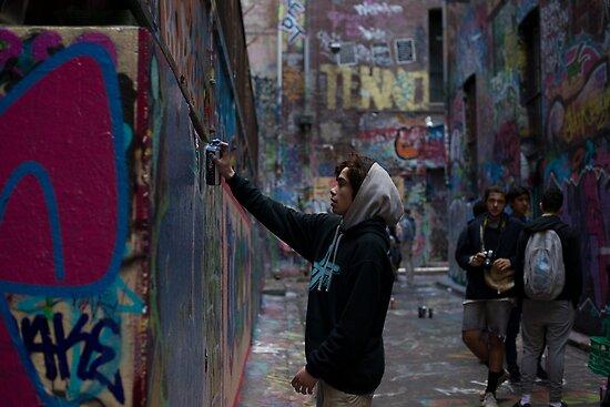 Graffiti Artist - Rutledge Lane Melbourne by Ivan Kemp