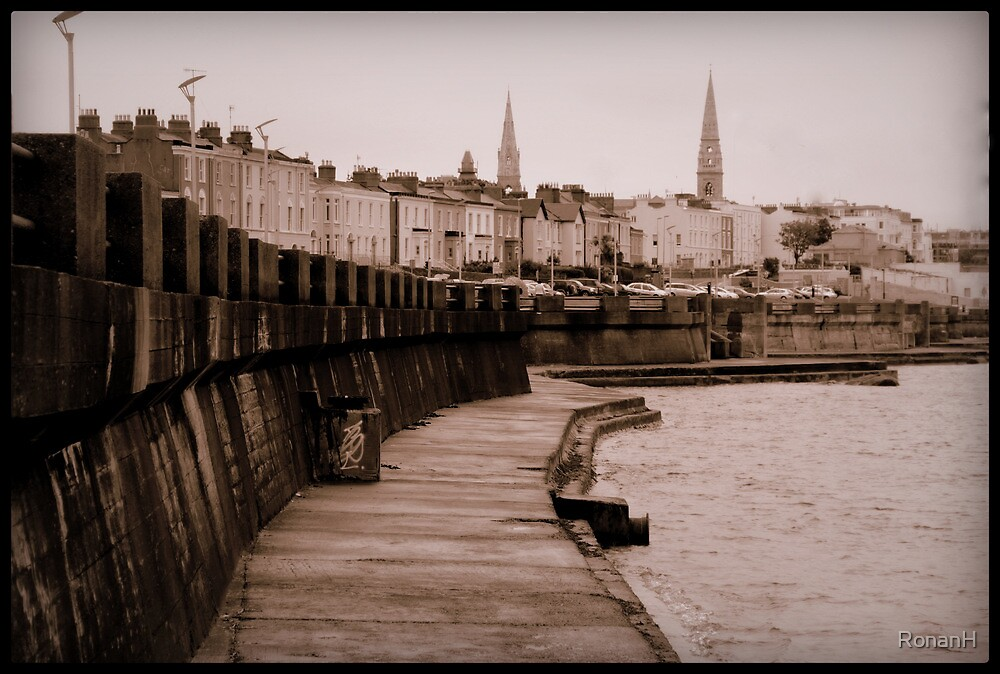 Sandycove by RonanH