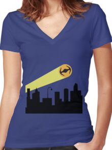 Bat Signal: Tie Women's Fitted V-Neck T-Shirt