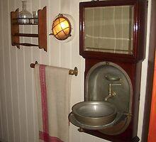 Old fashioned Bathroom by LemonLion