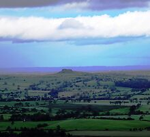 Almscliffe Cragg from Otley Chevin by Graham Geldard