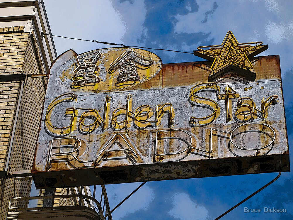 golden star radio by Bruce  Dickson