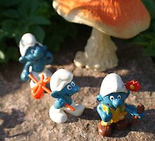 Smurfs expedition by freshairbaloon