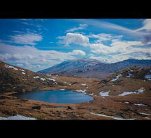 Mt Snowdon by mwarrendesigns