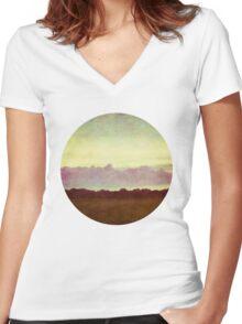 horizon horizon Women's Fitted V-Neck T-Shirt