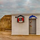 LOSSIEMOUTH HARBOUR OFFICE by JASPERIMAGE