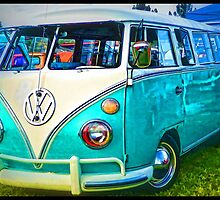 VW Bus by tvlgoddess