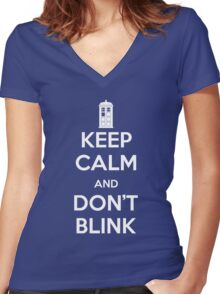 Dr Who - Keep Calm Don't Blink Women's Fitted V-Neck T-Shirt