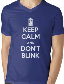 Dr Who - Keep Calm Don't Blink Mens V-Neck T-Shirt