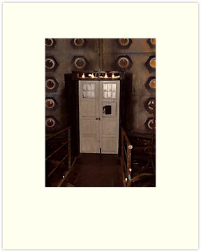 The 9th and 10th Doctor's Tardis by simonbreeze