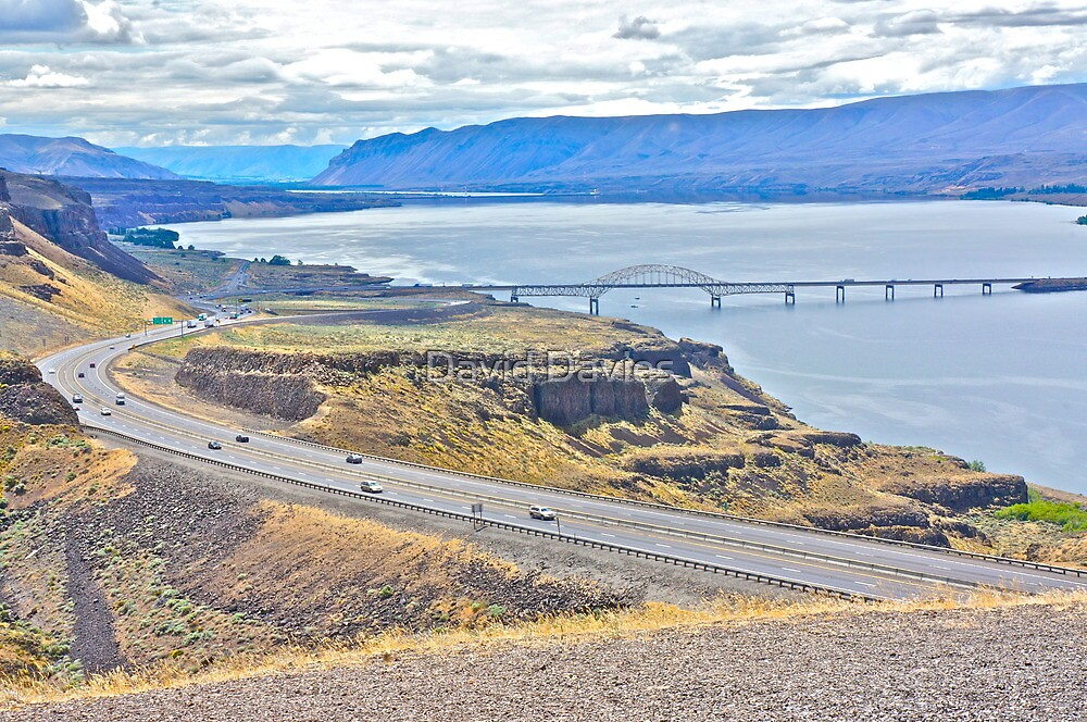 Crossing the Columbia River, Washington State by David Davies