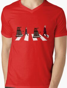 Doctor Who 12th Doctor, Clara and Daleks on Abbey Road Mens V-Neck T-Shirt