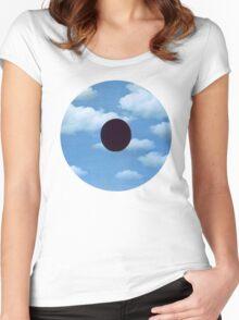Surrealist Eye Women's Fitted Scoop T-Shirt