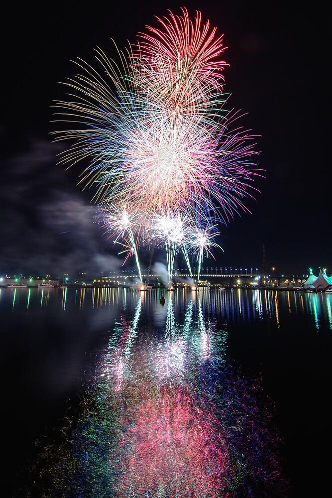 Docklands Fireworks by wolfcat