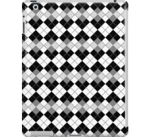 Black and White Argyle Plaid Checks Pattern iPad Case/Skin