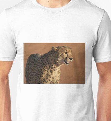A cheetahs' gaze Unisex T-Shirt