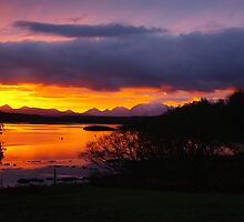Sunrise over Loch Dunvegan by Kevin Cartwright