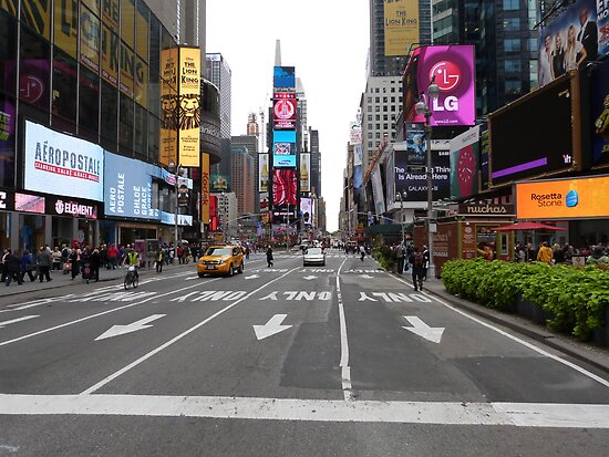 NYC Street towards Times Square by FangFeatures