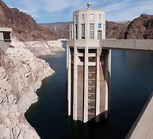 Hoover Dam by FangFeatures