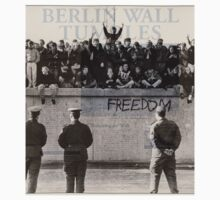 Berlin Wall by seanlar94
