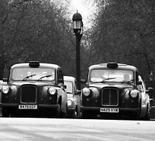 London Cabs by Nilson Bazana