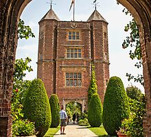 Sissinghurst Castle by eddiechui