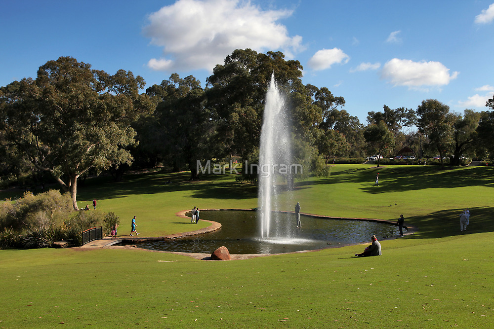 Kings Park Fountain - Perth by Mark Ingram