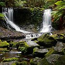Horseshoe Falls by Keith Midson