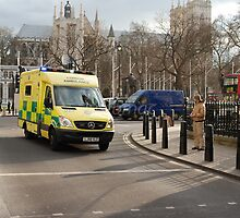 London: Westminster Abbey & the ambulance by justbmac