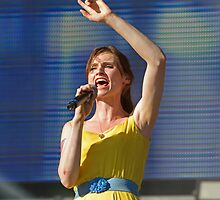 Sophie Ellis Bexter at Queen Elizabeth Olympic Park by Keith Larby