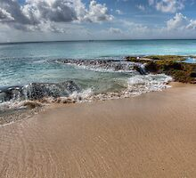 Dreamland Beach by jaymephoto