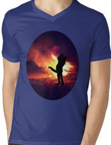 ✿♥‿♥✿ IT ONLY TAKES A SPARK TO GET A FIRE GOIN..BURNIN LOVE TEE SHIRT✿♥‿♥✿ Mens V-Neck T-Shirt