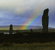 Rainbow at the Ring of Brodgar by davidwatterson